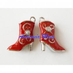 Colgante enamel bota roja