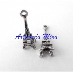 Colgante charm Torre Eiffel...
