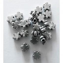 Cuenta metal flor 4 mm