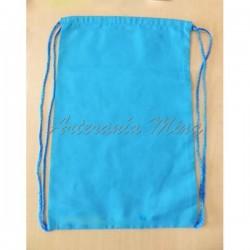 Bolsita tipo mochila azul...